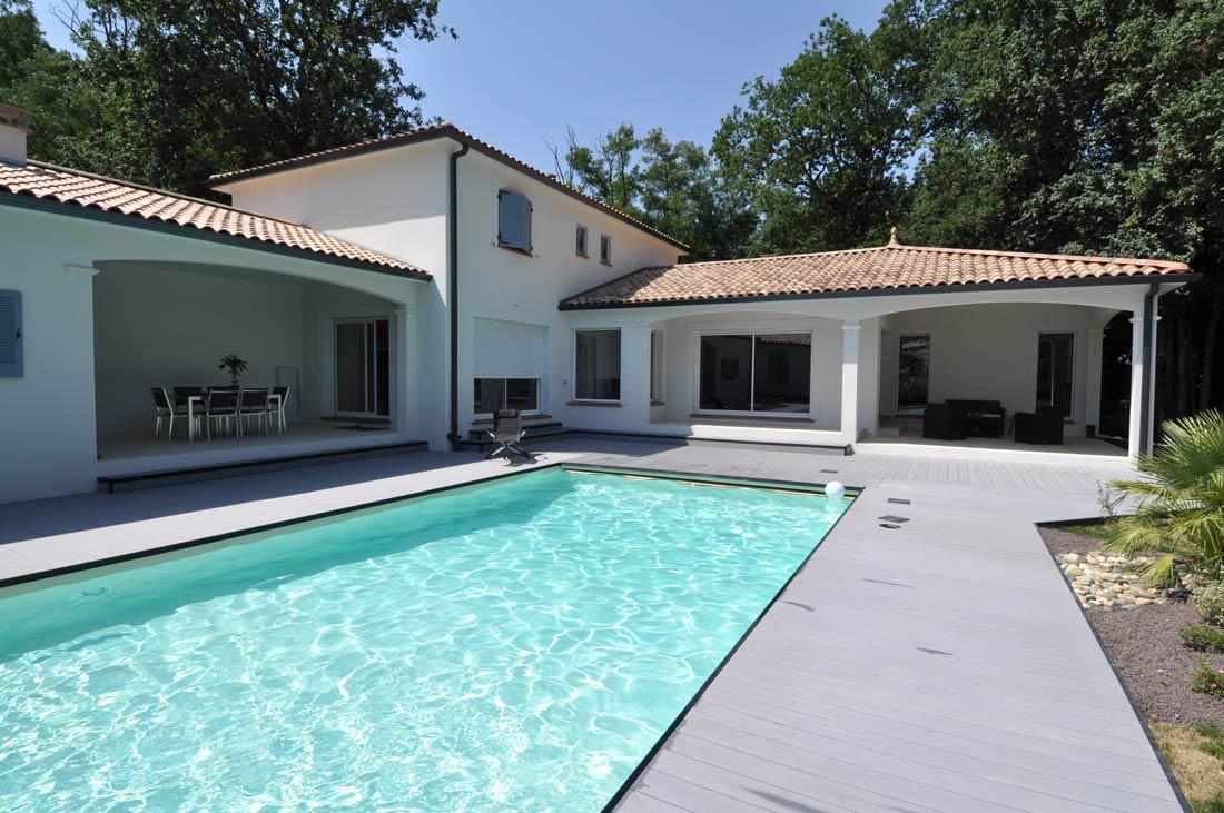 construction traditionnelle avec piscine réalisations de maisons d'architectes