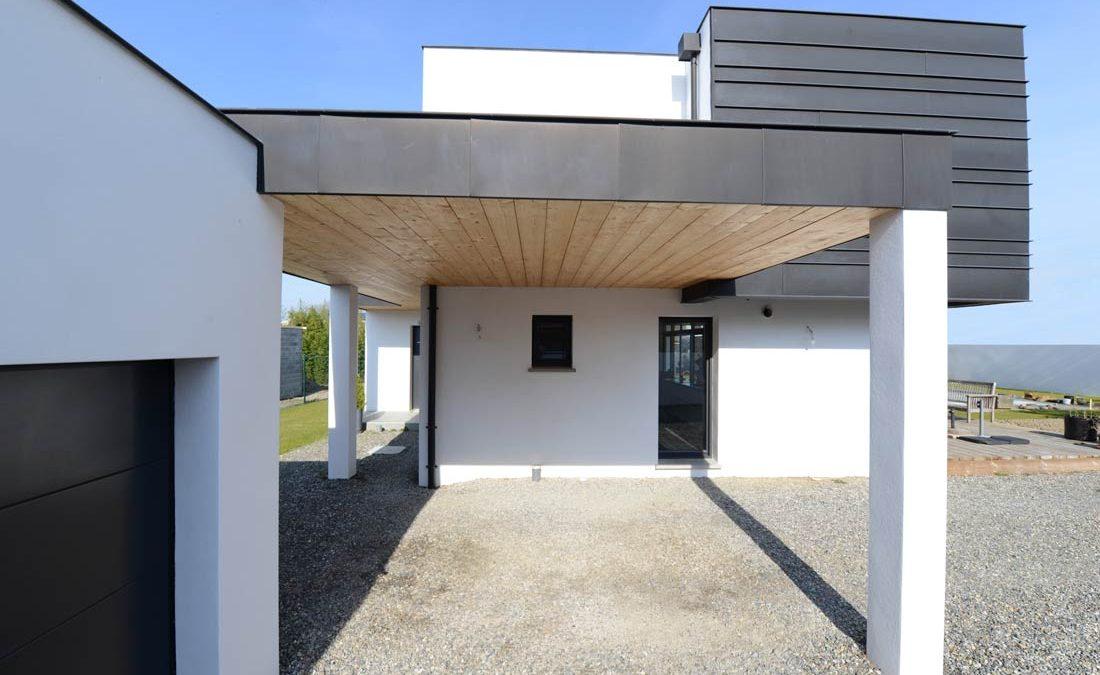 maison toit zinc maison toit zinc with maison toit zinc amazing extension maison toit plat. Black Bedroom Furniture Sets. Home Design Ideas